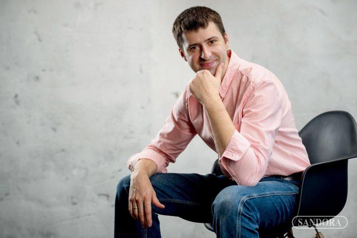 Лукиянчук Олег Васильевич, стоматолог хирург, имплантолог